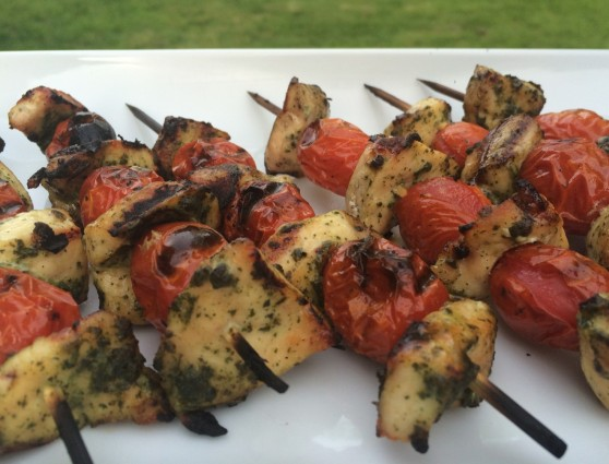 Pesto chicken & tomato kabob