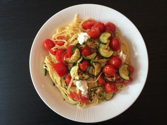 Tomato, zucchini, goat cheese pasta