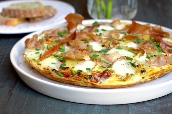 Prosciutto-Caramelized-Onion-and-Potato-Frittata