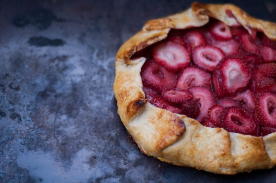 Damndelish Strawberry Galette